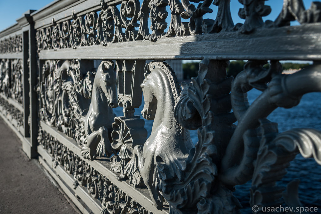 Sea Horses (Annunciation Bridge)
