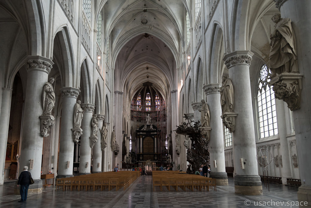The inside of St Rumbold's Cathedral