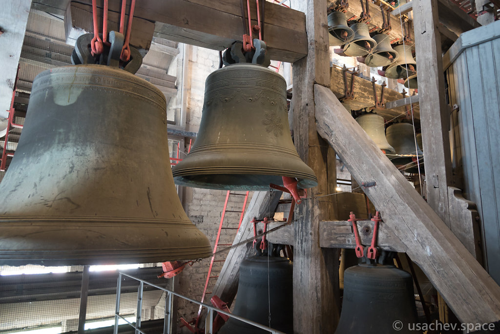 """""""Raspberry Jingle"""". Bells in St Rumbold's Cathedral."""